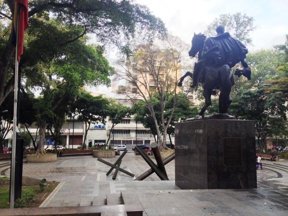 2 Montaje Republica Bolivariana Chacao